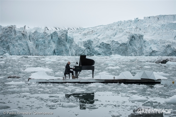Acclaimed Italian composer and pianist Ludovico Einaudi performs one of his own compositions on a floating platform in the Arctic Ocean, in front of the Wahlenbergbreen glacier (in Svalbard, Norway). The composition, Elegy for the Arctic, was inspired by eight million voices from around the world calling for Arctic protection. The Greenpeace ship the Arctic Sunrise carried Einaudi, the grand piano and eight million voices to Svalbard. Greenpeace is urging the OSPAR Commission that meets this week (20-24 June, 2016) in Tenerife, not to miss the opportunity to protect international Arctic waters under its mandate.