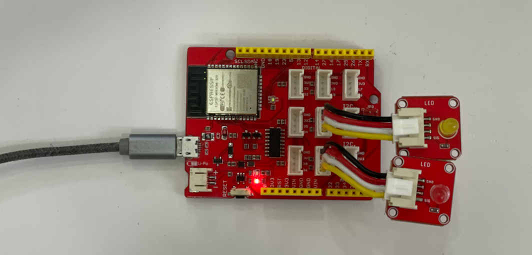Kết nối 2 LEd với Node WIfi 32