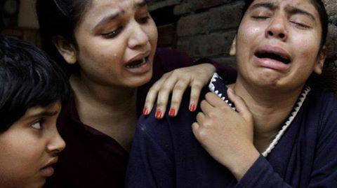 'अल्पसंख्यकों पर हमले के बाद बयानबाज़ी में भारत और पाकिस्तान एक जैसे. वुसतुल्लाह ख़ान का ब्लॉग.  http://bbc.in/1G23KXe'