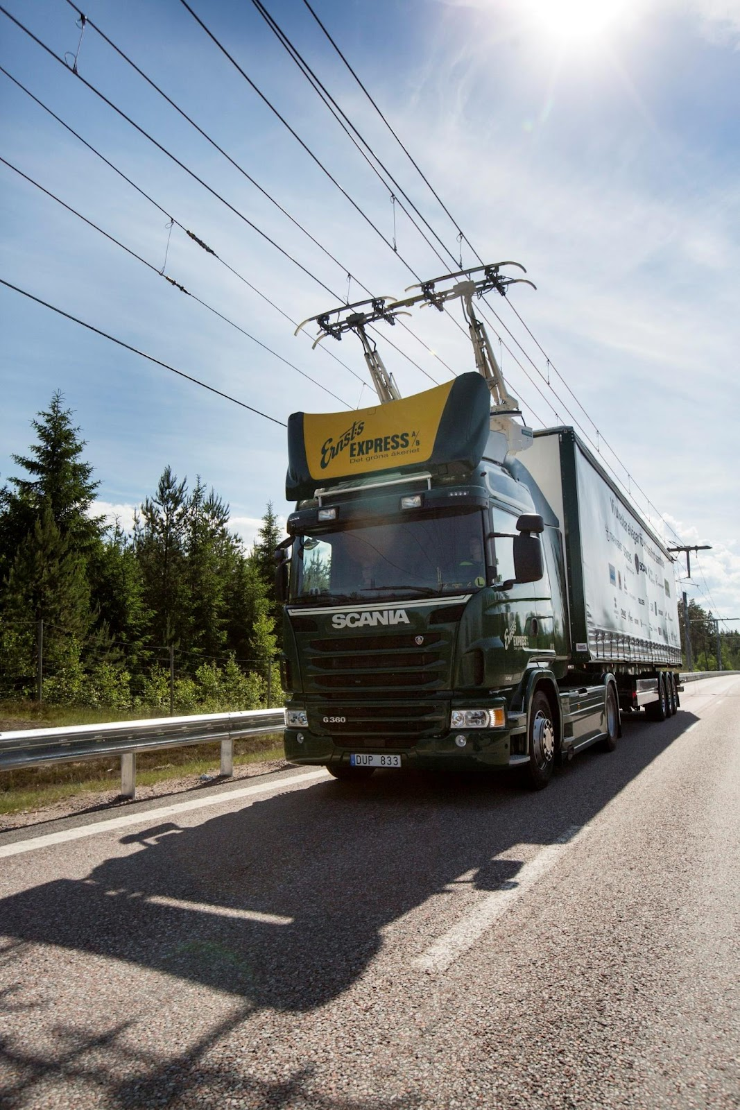 \\DLINK\Volume_1\Archives\Atelier\Route Intelligente\Scania ehighway.jpg