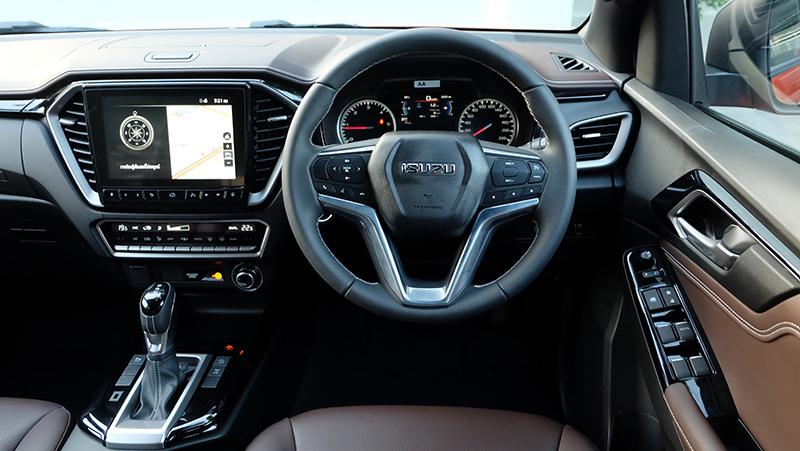 ดีไซน์ภายในรถยนต์ : Isuzu D-Max V Cross