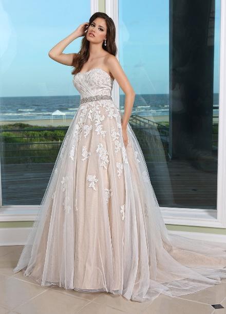 https://davincibridal.com/uploads/products/wedding_gown/50231AL.jpg