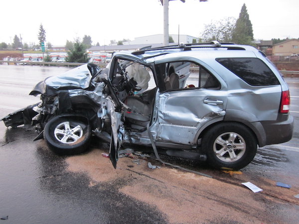 ระดับความเสียหาย ของตัวรถ ต้องประเมินแล้วเลือกว่าจะซ่อมหรือขายซากขอคืนทุนประกัน