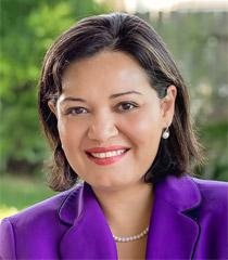 Photo of Raquel E. Aldana