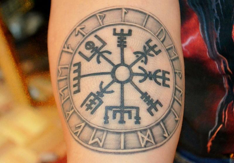 tatuaje-vegvisir.jpg