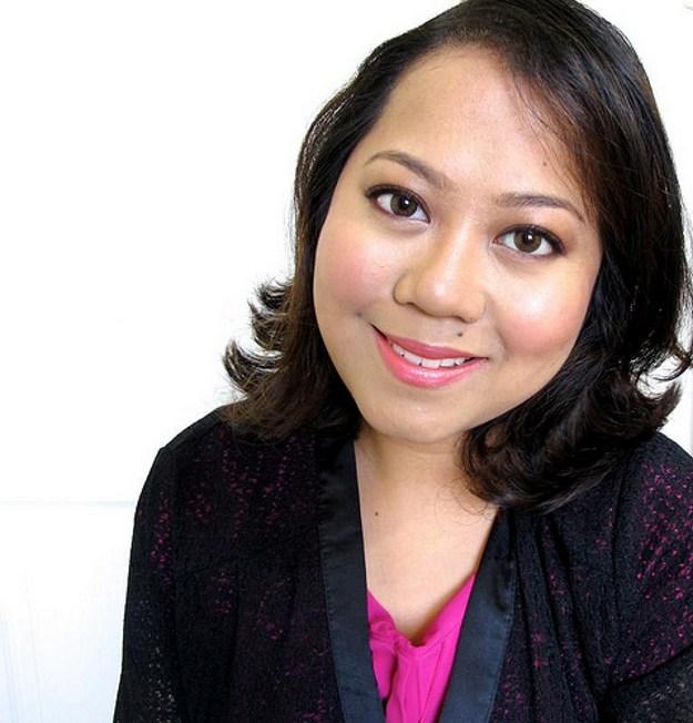 Easy DIY Makeup for Graduation | Graduation Makeup Tutorials by http://www.makeuptutorials.com/makeup-tutorials-graduation-beauty-ideas