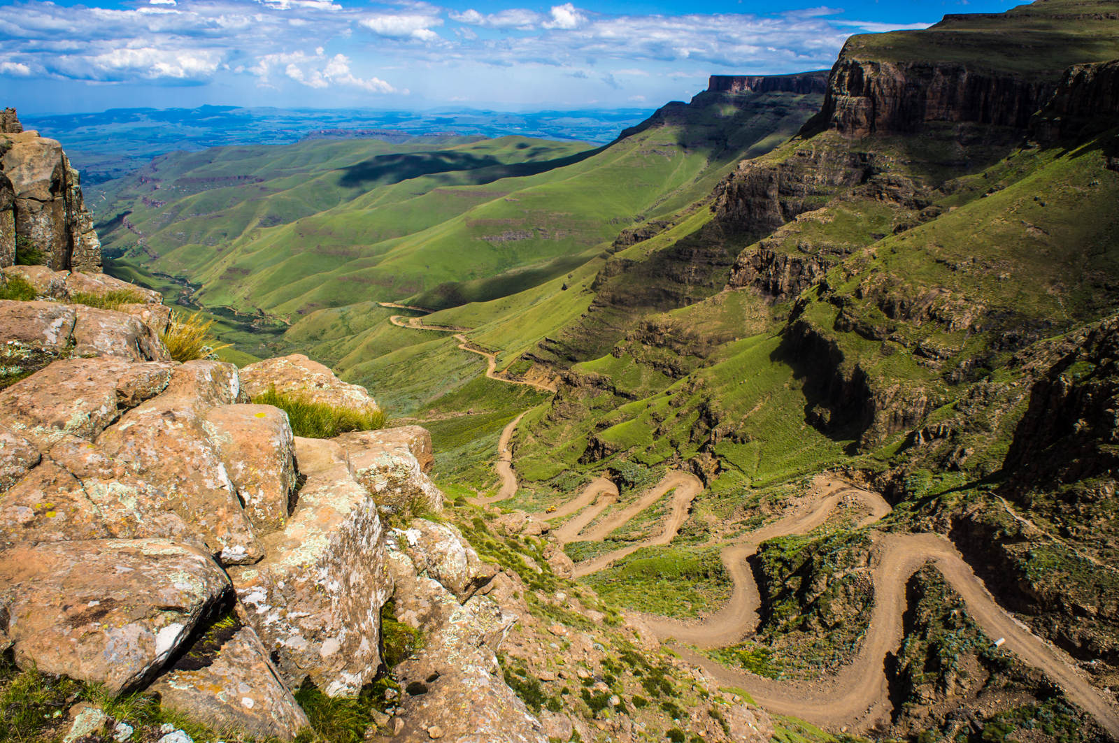 Sani_Pass_heading_into_Lesotho.jpg