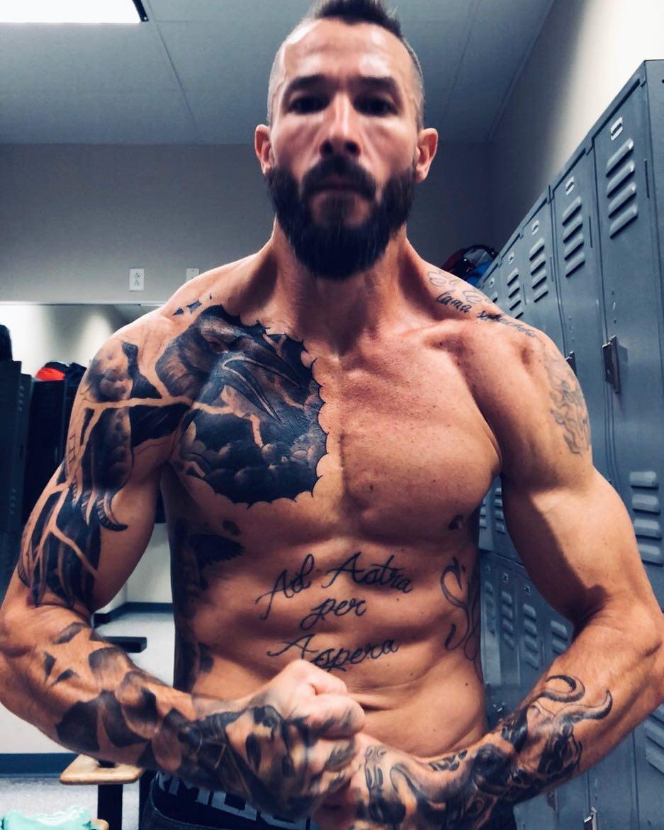Keith Rocheville sử dụng bài tập thể dục và MMA để giúp anh phục hồi sức khỏe
