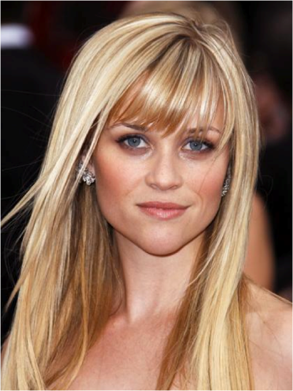 A person with blonde hair  Description automatically generated with medium confidence