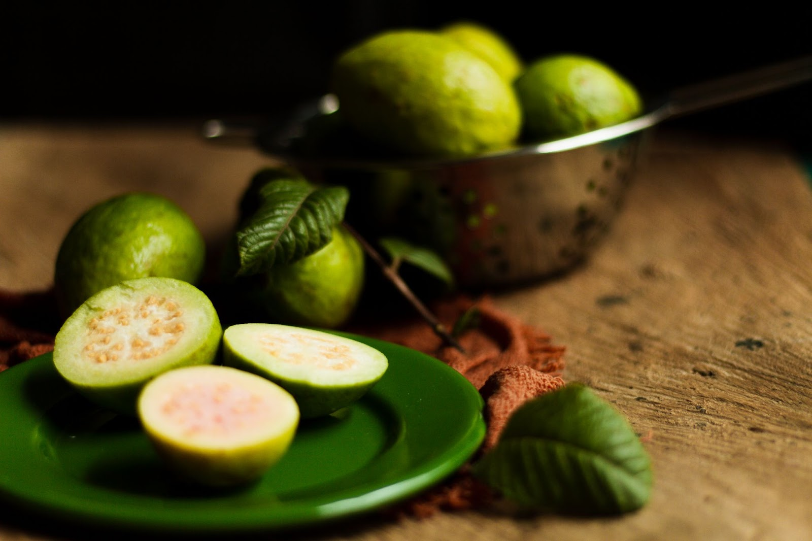 Trái ổi - Trái cây chứa nhiều collagen chống lão hóa da