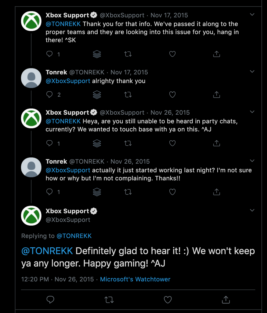 Xbox Support team responding to a customer complain on Twitter.