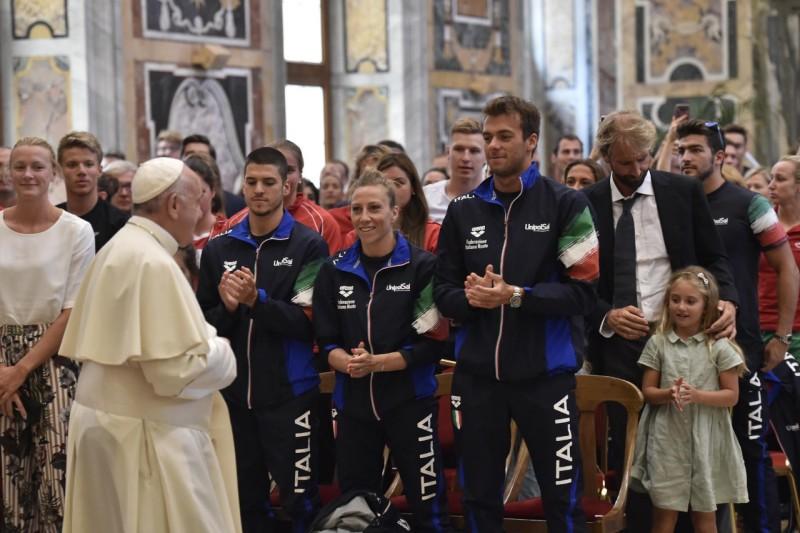 Đức Thánh Cha khen ngợi các vận động viên bơi lội Ý