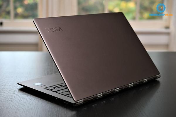những dòng laptop có pin bền nhất 2018