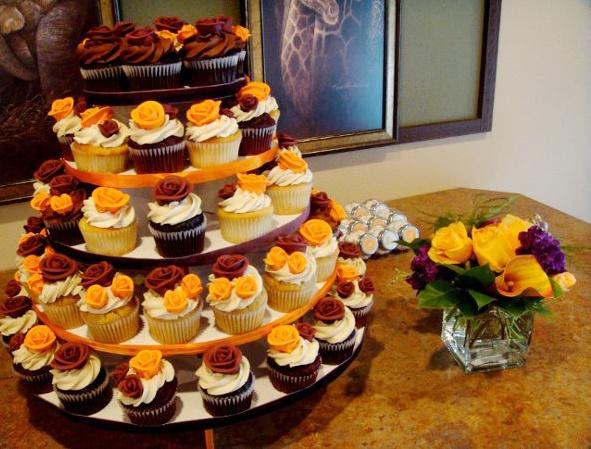 Ai sao nên chọn bánh sinh nhật kết hợp bánh cupcake? - 187667