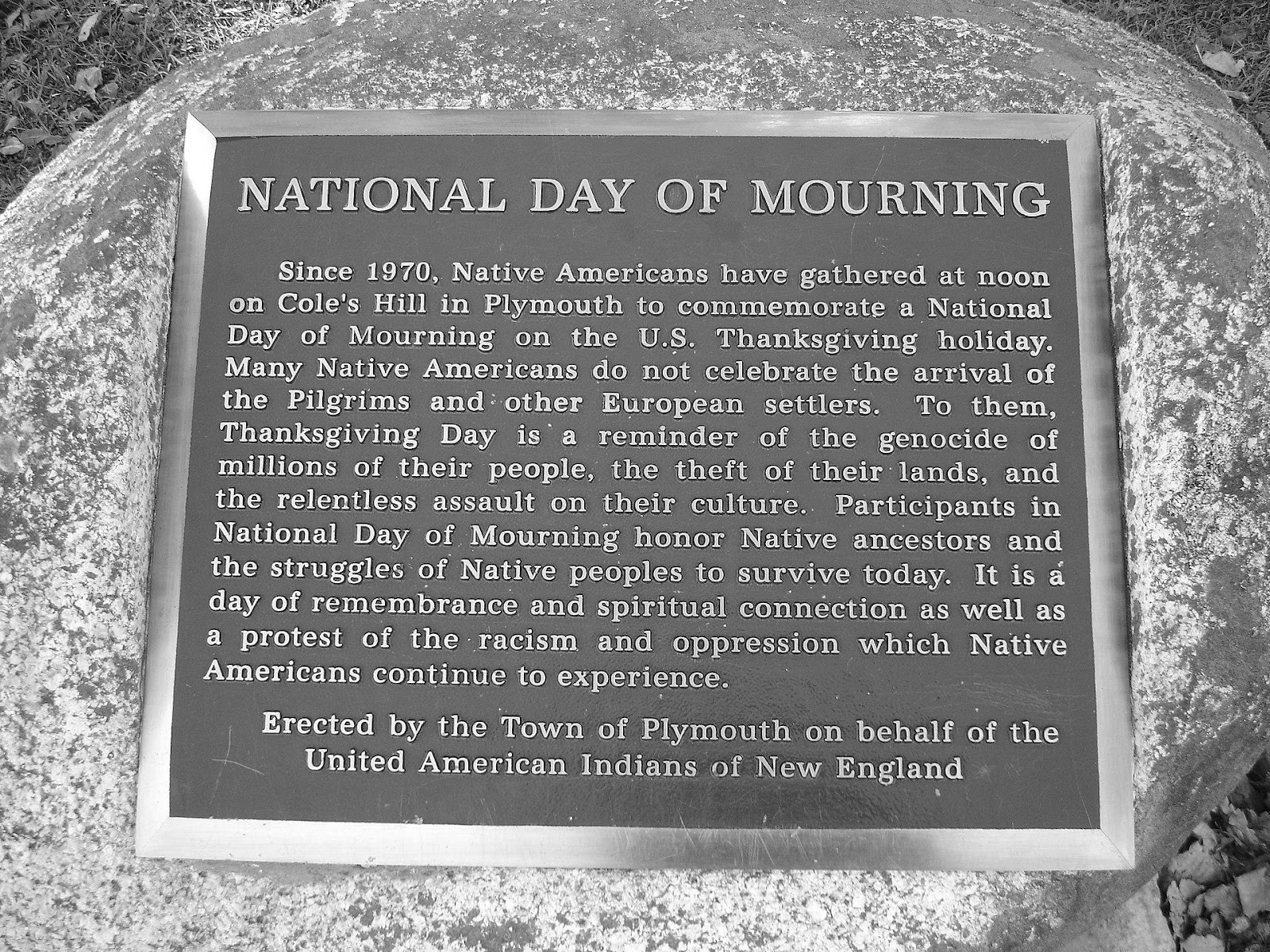 1920px-National_Day_of_Mourning_Plaque.jpg