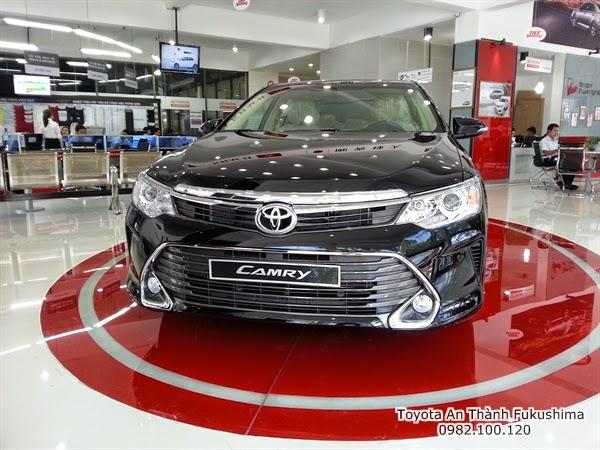 Khuyến Mãi Giá Xe Toyota Camry 2.5G 2015