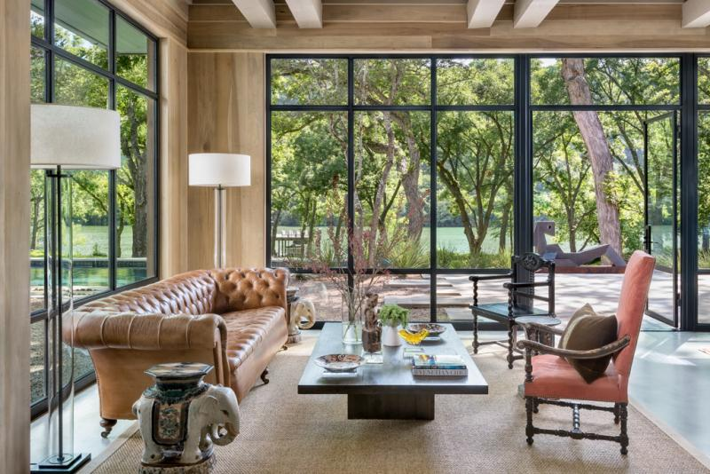 Inside Joe Rogan's New Austin Home – DIRT