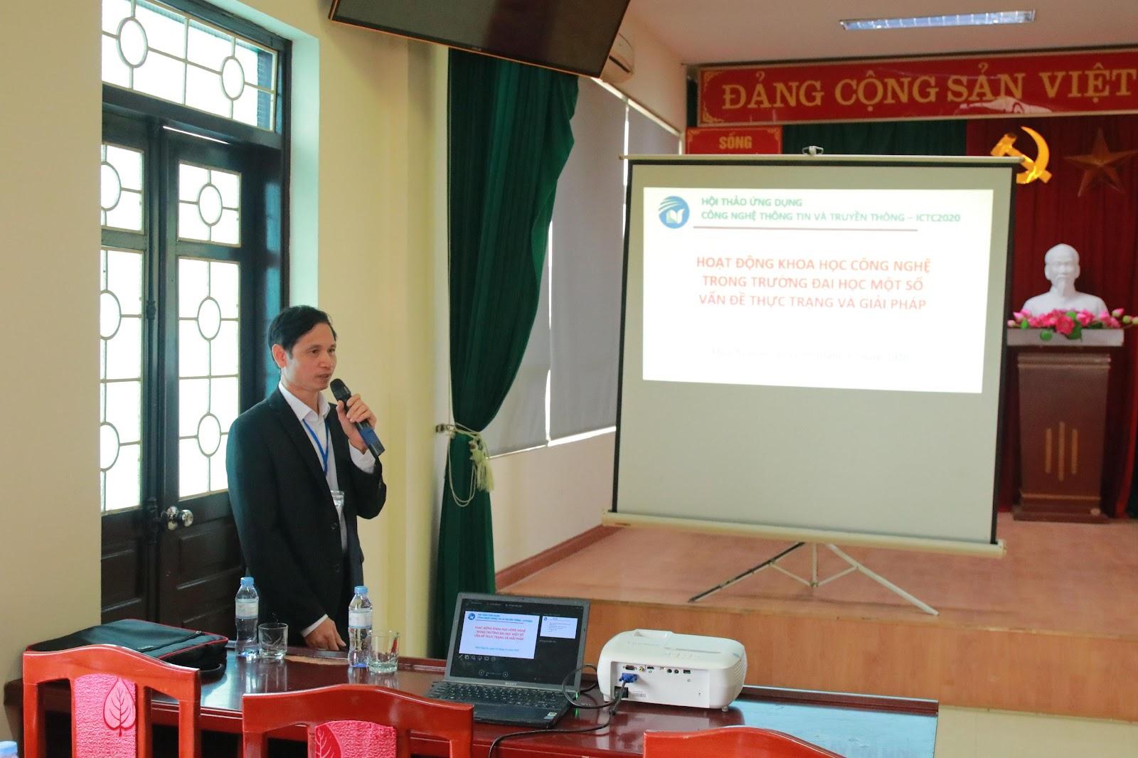 TS. Vũ Đức Thái trình bày báo cáo tại Hội thảo