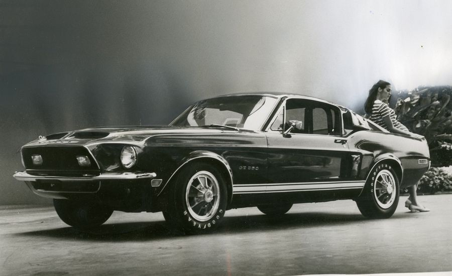 1967-ford-mustang-shelby-gt500-road-test-car-and-driver-photo-456251-s-original.jpg