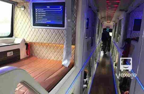 Xe giường phòng Phương Nam đi Nha Trang