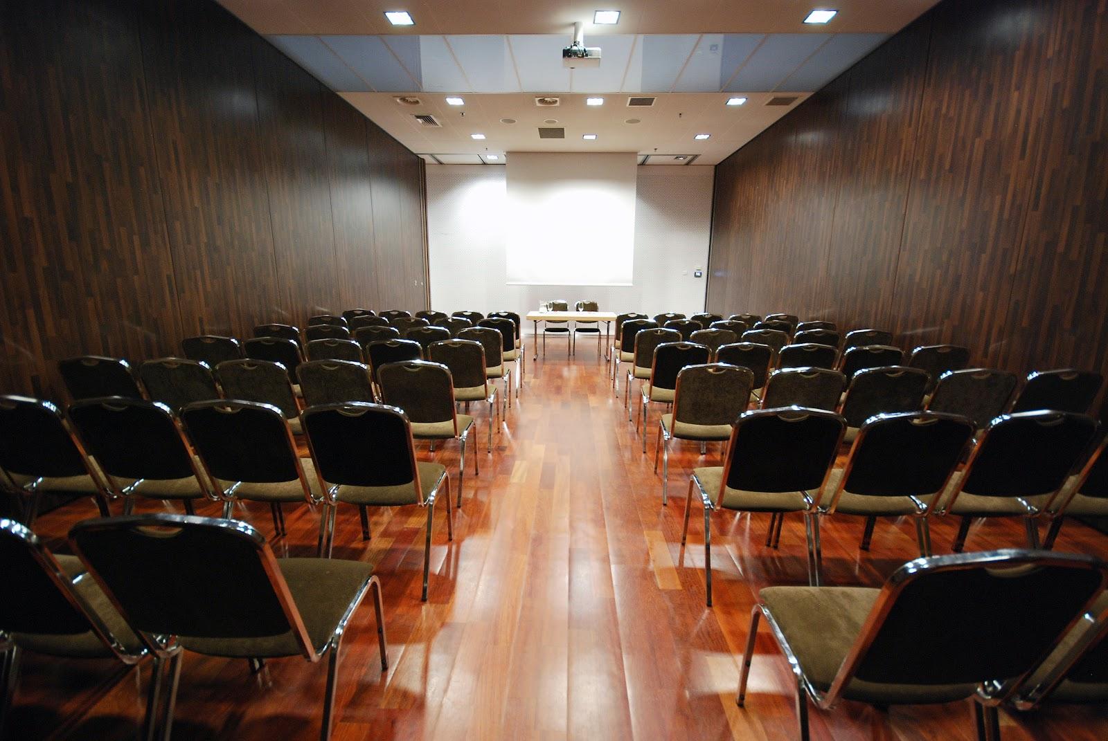 konferencje_Krakow_Best_Western_Premier_Rembrandt_teatr.JPG