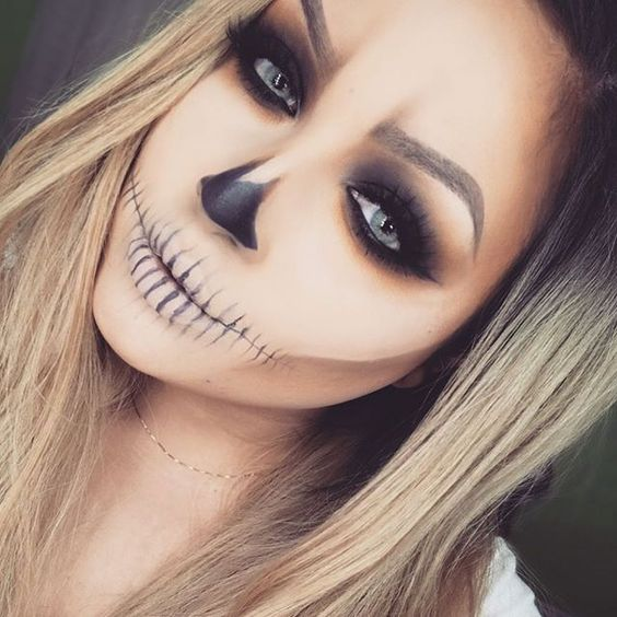 10 killer makeup looks for halloween her campus. Black Bedroom Furniture Sets. Home Design Ideas