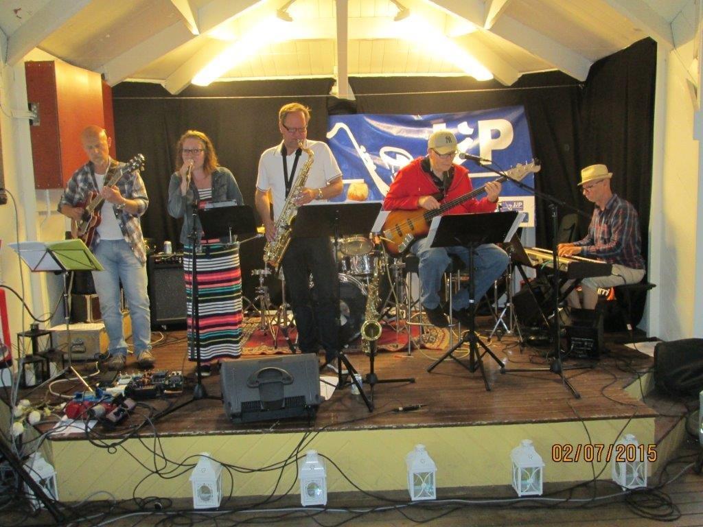 Stjärnsund Wihlborg Jazzband Bergen besök 017.jpg