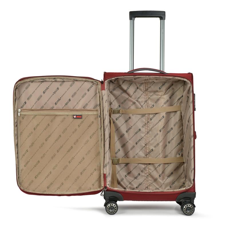 Ngăn chứa nhiều đồ, phục vụ nhu cầu các chuyến đi xa