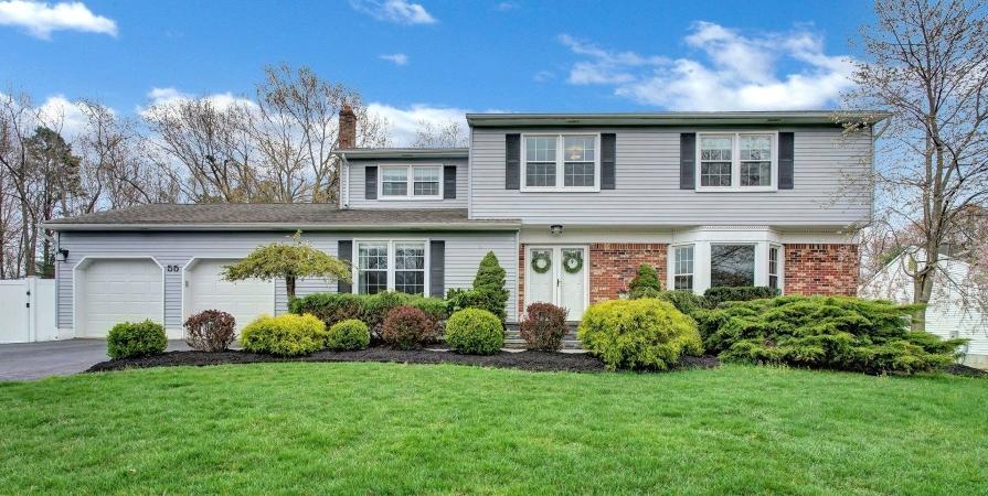 House in Manalapan Township, NJ