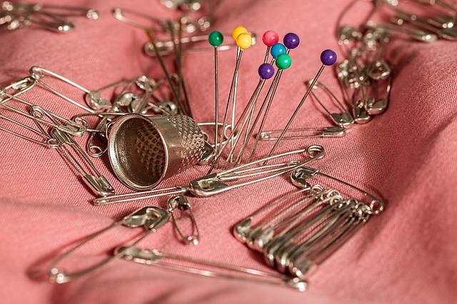 sewing-661992_640.jpg