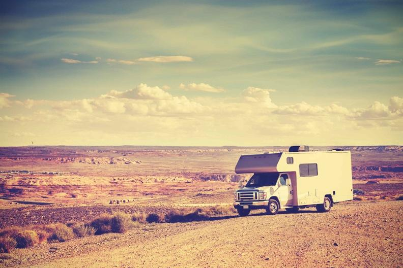 透過露營車自駕遊能深深體會美國各地的自然風景