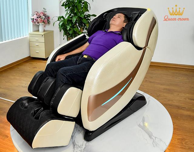Ghế massage phù hợp với người lớn tuổi