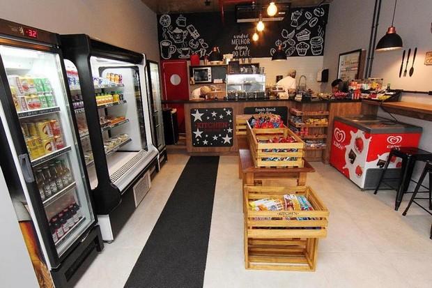 No Kitchen Fresh Food Você Tem A Opção De Comer No Local Ou Levar Para  Viagem (Foto: Reprodução/ Facebook)