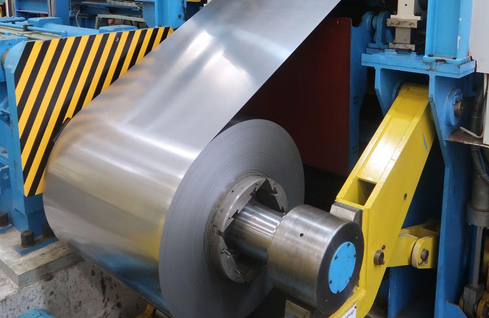 Dây chuyền sản xuất thép mạ kẽm hiện đại