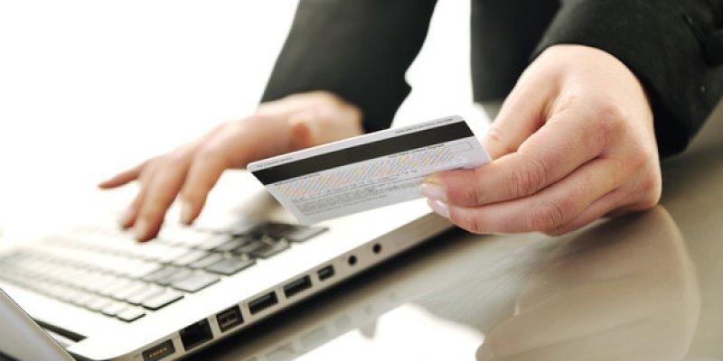Mở tài khoản ngân hàng là phương pháp chứng minh tài chính đơn giản