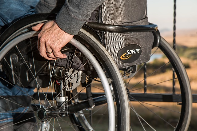 wheelchair-749985_640 (1).jpg