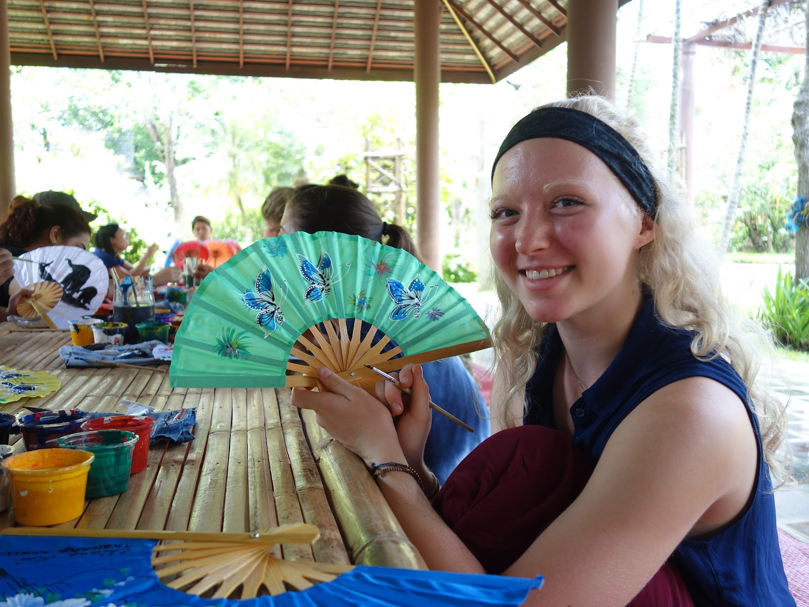 Learning to make Thai fans on the crafting culture tour