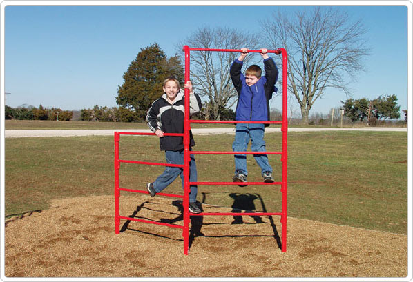 Trẻ em tuổi dậy thì tập luyện với xà đơn để tăng trưởng chiều cao