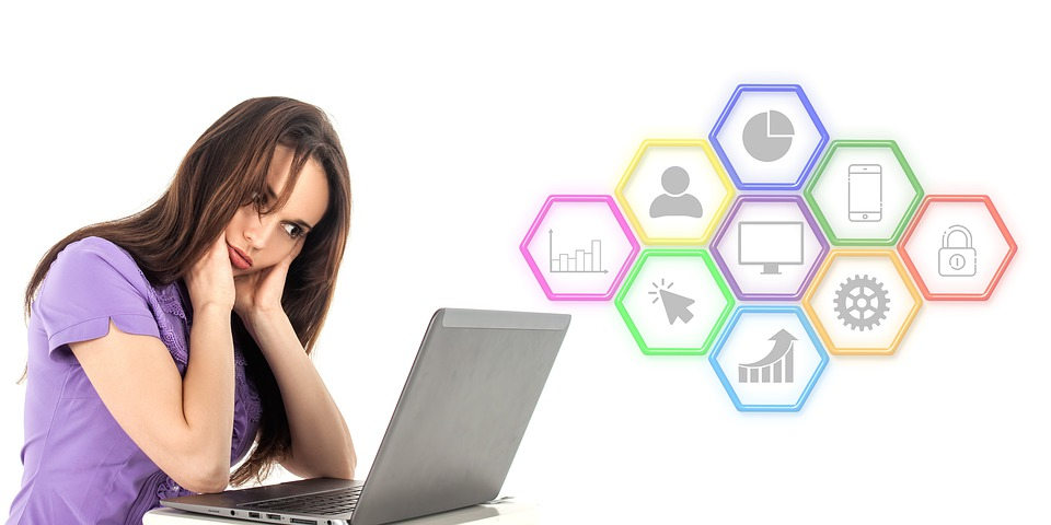 https://www.maxpixel.net/static/photo/1x/Laptop-Woman-Thinking-Seo-Digital-Marketing-4369232.jpg
