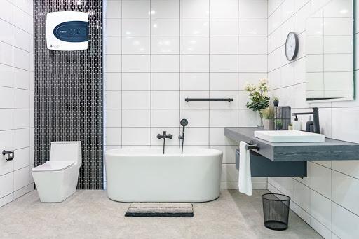 Lựa chọn bình nóng lạnh màu sắc phù hợp với phòng tắm