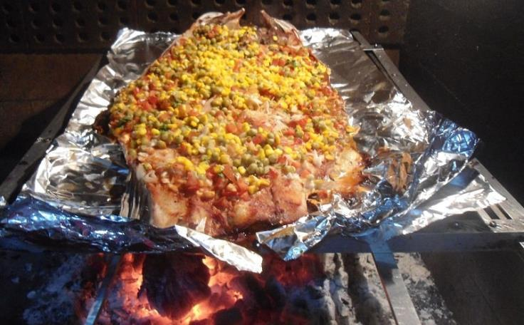 G:\Nova pasta (2)\Peixes\-Peixe Cachorro\peixe assado na grelhaa-min.jpg
