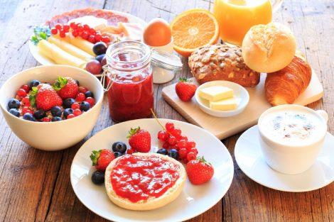 O que Comer Primeiro no Café da Manhã para Perder Barriga