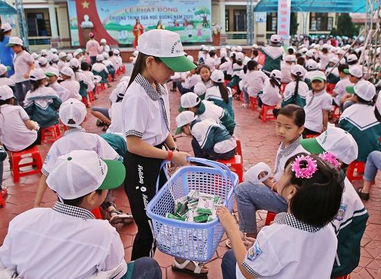 """Tỉnh Hà Nam phát động """"Chương trình sữa học đường"""" năm học 2020-2021 - Ảnh 3"""