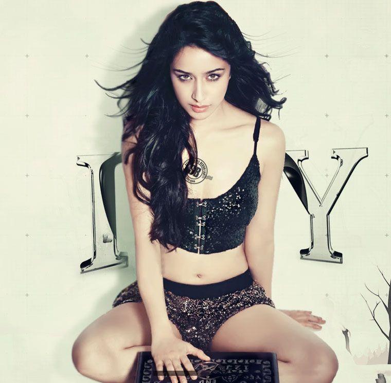 Shraddha Kapoor hot sexy bikini stills from Baaghi