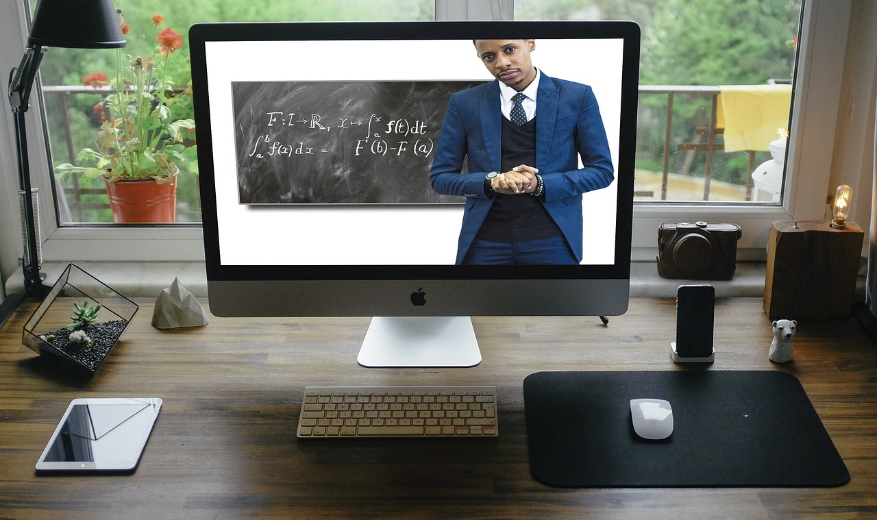 online learning platform image