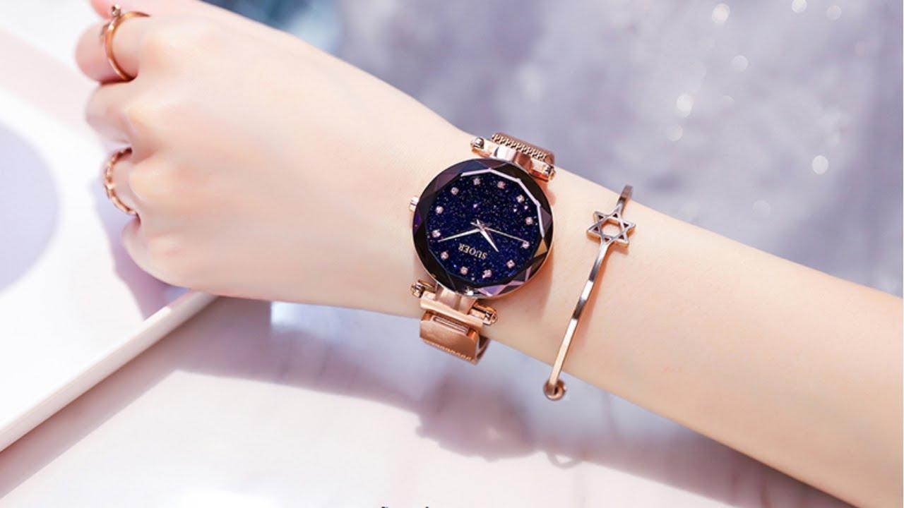 Đồng hồ giúp xem giờ một cách nhanh chóng