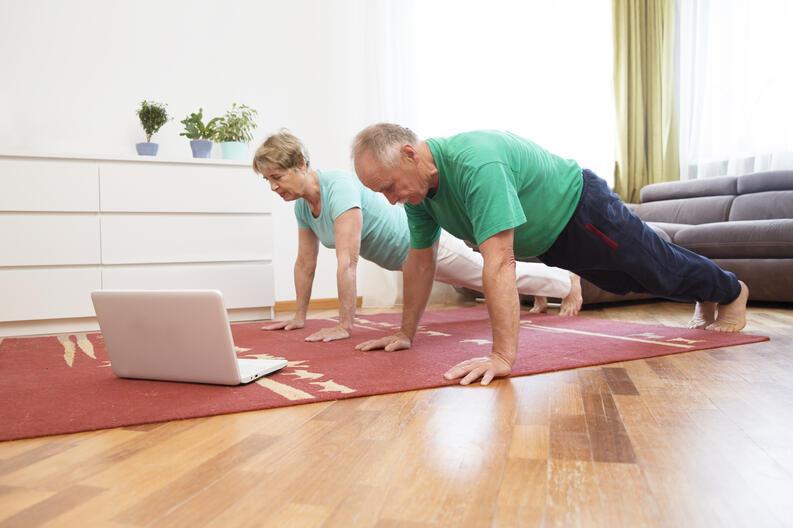 cuanto ejercicio se debe hacer al dia para contrarestar 8 horas de oficina 3