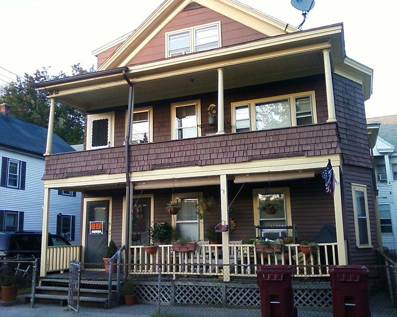 800px-Jack_Kerouac's_birthplace,_9_Lupine_Road,_Lowell_MA.jpg