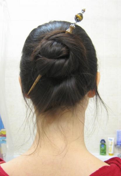 chopstick bun.jpg
