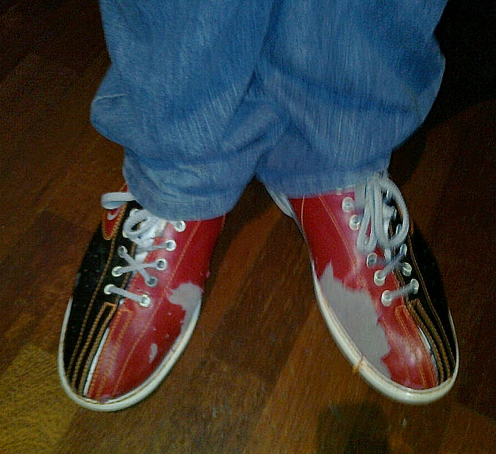 12 tenpin bowling shoes